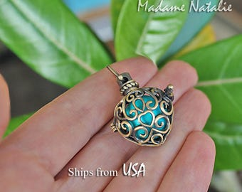 Brass Heart Cage (1) with Turquoise Bead, Antique Bronze Aromatherapy Essential Oil Diffuser Locket, Gemstone inside Cage, Filigree Heart