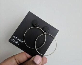 Black + silver hoops!