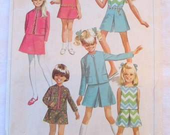 vintage SIMPLICITY 7566 sewing pattern-- Girl's Jacket, Skirt, Culottes, and Blouse-- size 10 --(1968)