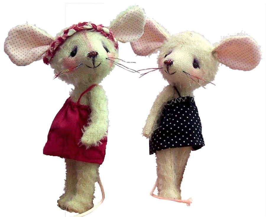 Carrie 4 soft toy mouse sewing pattern
