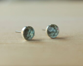 Titanium Stud Earrings Sky Blue Topaz Rose Cut Faceted Gemstone / 6mm Bezel Set / Hypoallergenic Earrings Studs
