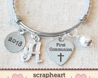 FIRST COMMUNION Gift, 2018 Girls First Communion Bangle Bracelet, Communion 2018 Bangle, Personalized First Communion Charm Bracelet for Her