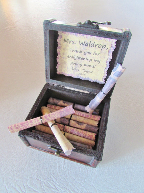 Teacher Scroll Box, Personalized Wood Chest of Teacher Appreciation Quotes, unique birthday, Christmas, or teacher appreciation gift