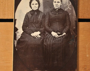 Victorian Cabinet Card Older Well Dressed Ladies