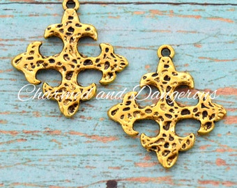 10 Gold Hammered Fluted Cross charm (CM96)