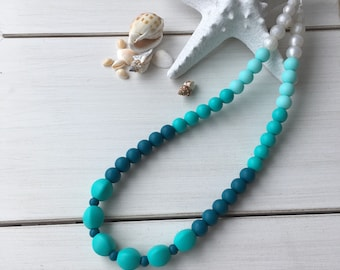 Teething necklace, model under the Ocean pre-order necklace for MOM, teething necklace, teething necklace for Babywearing accessory.