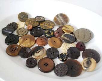 Brown Button Lot, Vintage Celluloid and Plastic Buttons, Cream Molded Plastic, Sewing Supplies, Art Deco Buttons, Notions, Craft Supplies