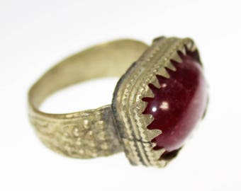 Tribal Ring with Red Glass Jewel, US Size 10, Gypsy, Boho, Hippie Nomad Jewelry, Vintage Oriental Ring