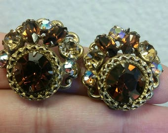 Amber /brown and gold clip on earrings