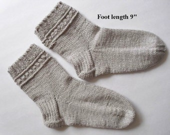 "Socks cotton hand knit. Foot length 9"". Non elastic diabetes friendly socks. Thick soft yarn. Beige color. Bed socks. Ready to ship."