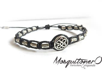 Tamashii style bracelet with Celtic knot symbol in handcrafted macrame, for him, boy gift, Celtic Knot,