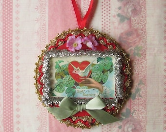 Sale / Valentine Dove Heart Ornament