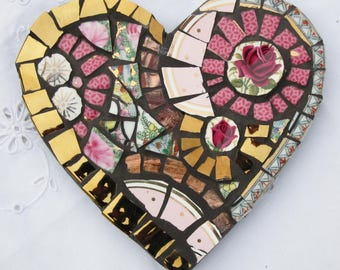 Heart mosaic with 2 red roses