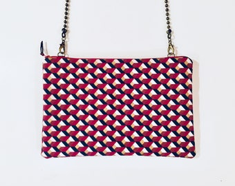Clutch with detachable chain shoulder strap - model Gothenburg