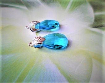 Pair of the silver drops blue Cyan, Supports leaf vine bails, for earrings or pendants