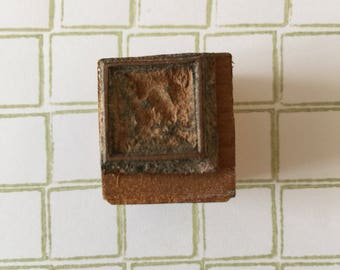 Handmade Geometric Lino French Vintage School Stamp