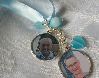 Double photo memory charm for wedding bouquet, blue