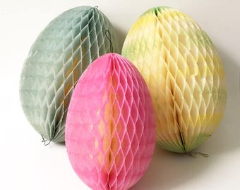 Easter egg Decorations Honeycomb Eggs Tissue Paper easter eggs set of 3 Denmark 1940s
