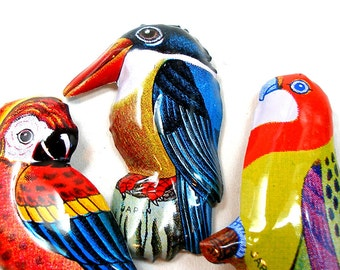 3 Tin Toy BIRD pins, 1960s Japanese costume jewelry with parrot, kingfisher, rosella