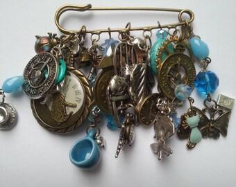 Alice in Wonderland, kilt pin, brooch, large,rabbit, blue, bronze, silver, pocket watch, key, by NewellsJewels on etsy