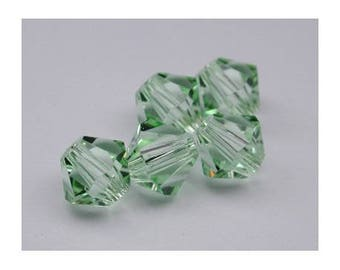 4 mm: 8 Swarovski Crystal bicone bead Chrysolite