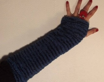Reversible blue and Brown mittens.