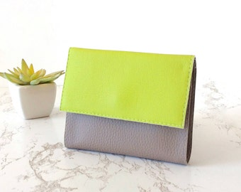 Small wallet organizer, ethical wallet small vegan purse green wallet women coin wallet vegan cruelty free, christmas vegan gifts for her