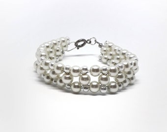White Bracelet, Cream Bracelet, Pearl Bracelet, Layered Bracelet, Elegant Bracelet, Bridal Bracelet, Bridal Jewellery, Wedding Bracelet