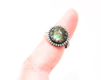 Handmade labradorite ring, sterling silver, 10mm cabochon ring, crown bezel, hammered band