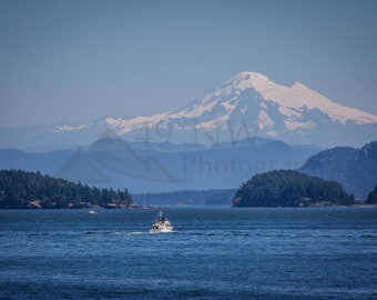 San Juan Island Boating on a Clear Day
