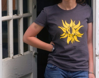 SUN Hand-Crafted Screen-Printed 100% Cotton Women's T-Shirt in Charcoal Gray & Yellow