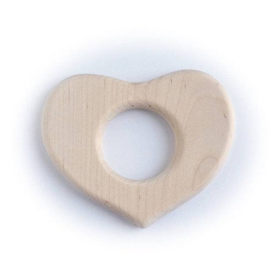 Natural wood teether, wooden ring, teether in the shape of a heart, Montessori/Waldorf wooden toy, for newborn