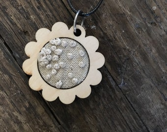 "1"" Embroidered Dots Flower Pendant"