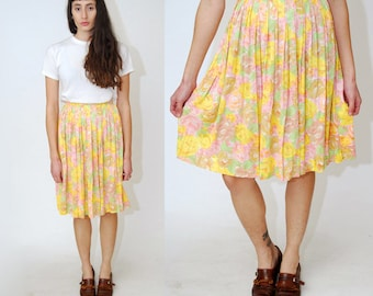 vintage FLORAL SKIRT (XS) pastel 70s full a-line mini pleated rose pink yellow gold green high waisted rockabilly flower print boho hippy