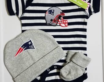 New England Patriots baby boy outfit with hat-patriots boy take home outfit-patriots baby football outfit/patriots for newborn boy