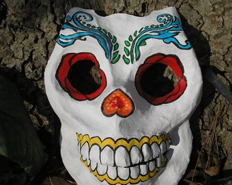 Skull Mask a la Day of the Dead.