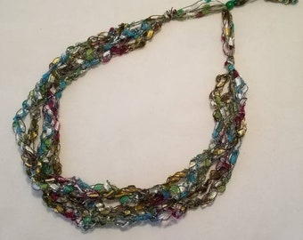 Multi-Color Ladder (Trellis) Yarn Necklace
