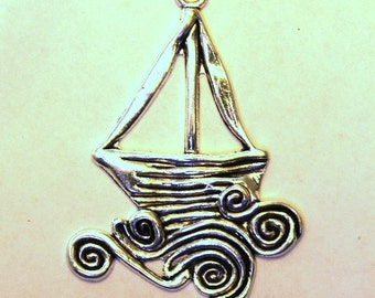 Antique Silver Artistic Sail Boat on the Ocean Waves Charm/Pendant S-095
