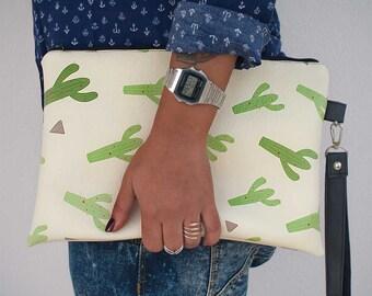 Cactus clutch - 100% vegan leather- cactus  clutch bag - vegan handbag- Cactus Handbag - Cactus bag - vegan clutch purse.