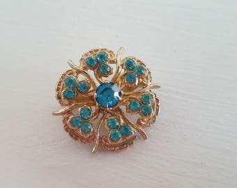 Coro Turquoise or Aquamarine and Gold Tone Brooch Pin