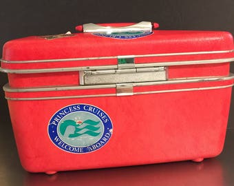 Vintage Samsonite Silhouette Cosmetic Train Case | Princess Cruise Stickers | Cherry Red | Travel Luggage | Pin-Up Rockabilly Pageant Style