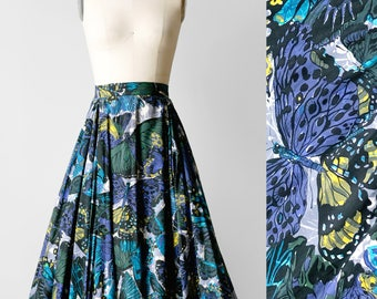 50s Butterfly Novelty Print Circle Skirt / 1950s Full Gored Skirt Size XS / 50's Below the Knee Swing Skirt / 1950's Blue Cotton Midi Skirt