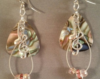 "Guitar pick and guitar string earrings ""Abalone Strings"""