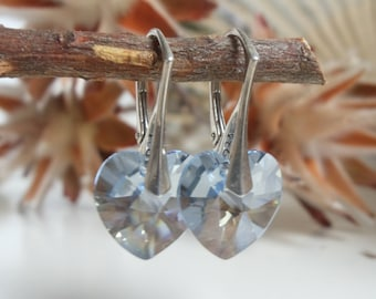 Heart beat Crystal earring-beautiful heart-shaped earrings on silver wires, silver jewelry, light blue, heart pendants, earrings
