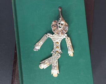 Vintage Silver Clown Brooch - Whimsical Sterling Silver Kinetic Circus Clown Pin