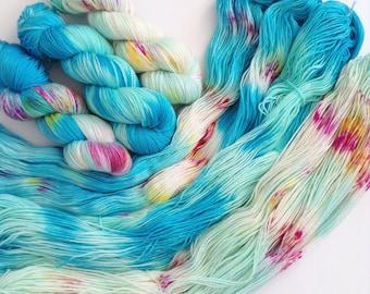 Mermaid Fade Set of 3 skeins. Hand Dyed Speckled 3-skein fade yarn set.Super Soft luxury 100% Extrafine Merino. fingering weight.