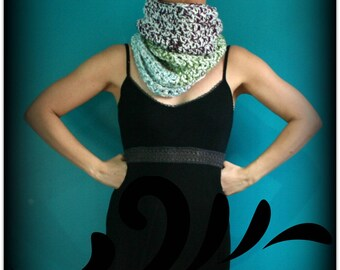 Crochet Cowl,Cowl Scarf,Knit Cowl,Loop Scarf,Chunky Knit,Crochet Scarf,Knit Scarf,Neck Scarf,Neck Warmer,Green,White,Blue,Purple,Gift