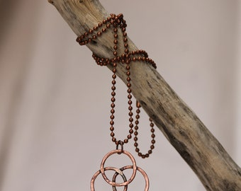TREFOIL NECKLACE~ Copper three ring necklace~ Hand forged copper ring necklace