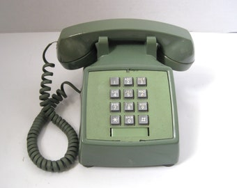 Vintage Avocado Green Push Button Telephone Bell Systems Western Electric