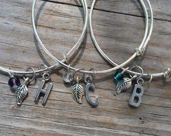 Leaf Initial bracelet, Name Bracelet, Bridesmaid Bracelet, Mother of the Bride Bracelet, Mother of the Groom bracelet, Wedding bracelet